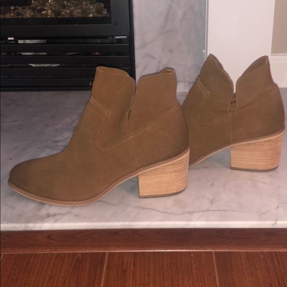 c6a1c677069 bp Shoes - BP. Cognac suede booties